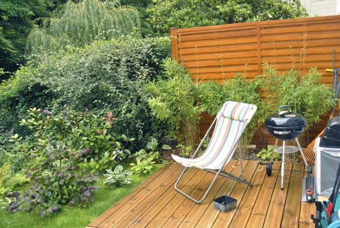 Un jardin tout en pente en lisi re de for t au commencement - Jardins en terrasse ...