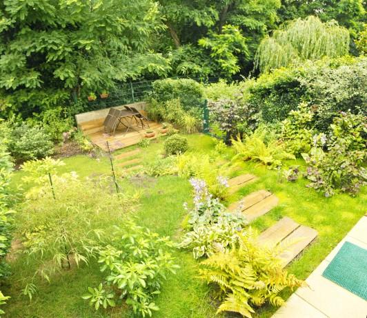 Farolas para jardin dise os arquitect nicos for Farolas jardin ikea